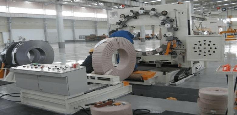 Case operation of horizontal stretch machine