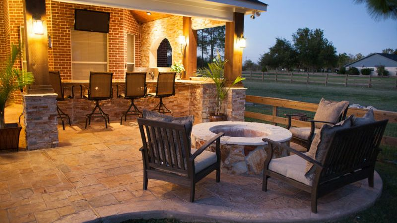 3 Tips For Putting An Outdoor Fireplace On Your Property