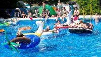 A Guide to Planning a Memorable Pool Party
