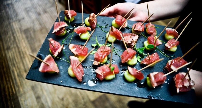 8 Ingredients of a Successful Wedding Caterer