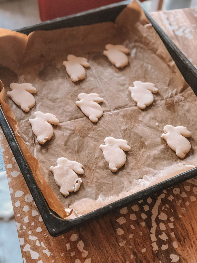 Vegan Shortbread Bunnies