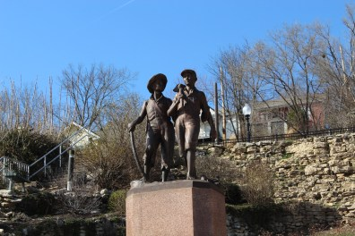The statue of Huckleberry Finn.