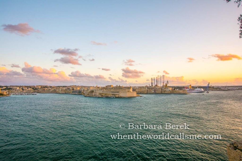 Valletta DSC 9715 mini
