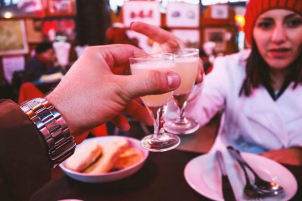 Dos and don'ts on first date for ladies