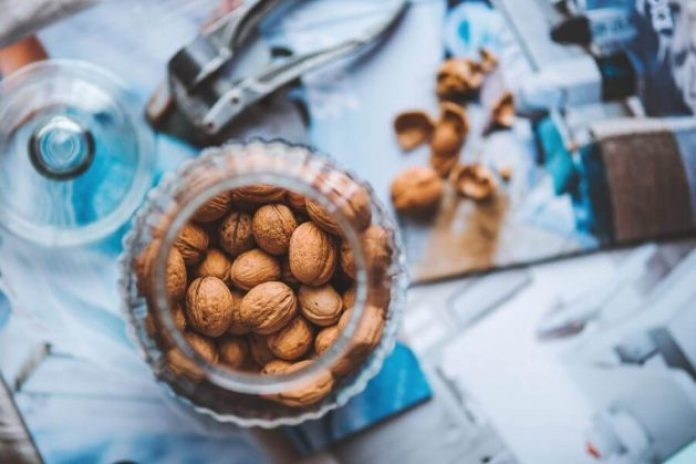Eat nuts for skin health