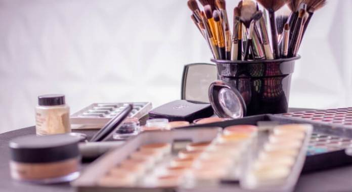 Toxic ingredients in makeup
