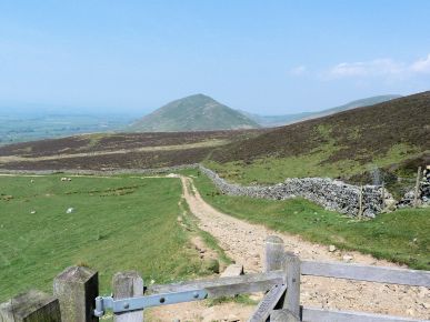 Dufton Pike from road High Cup Nick