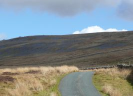 Lonely road to Lech Fell