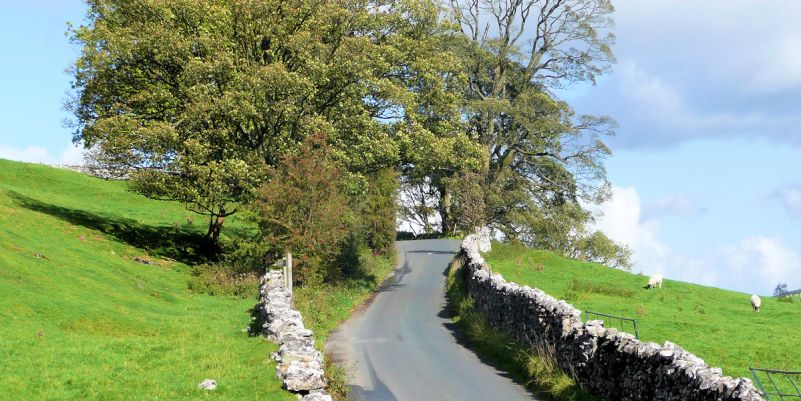 Quiet lane near Slaidburn