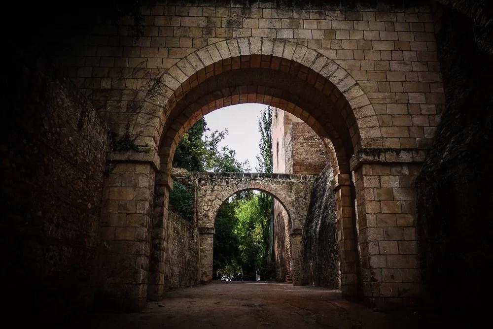Calliphal horseshoe arch in the Alhambra, Granada