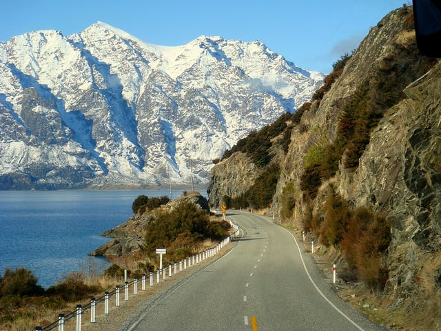 "Best less traveled New Zealand ""Tramping"" routes"