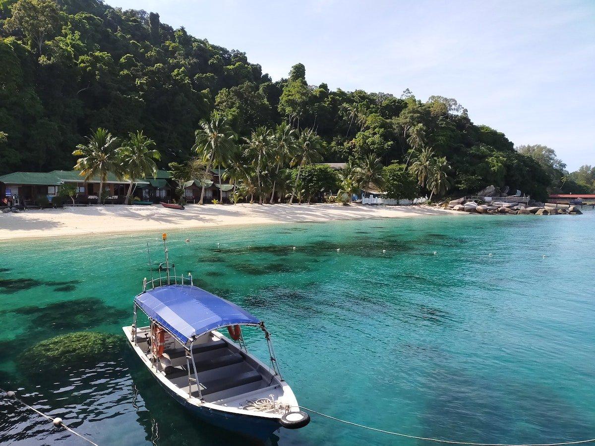 perhentian-island-beach-Malaysia