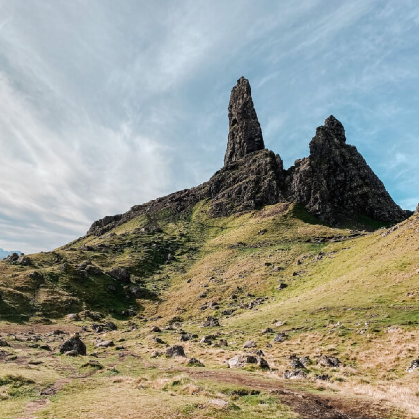 image of the Old Man of Storr on a 7 day Scotland itinerary