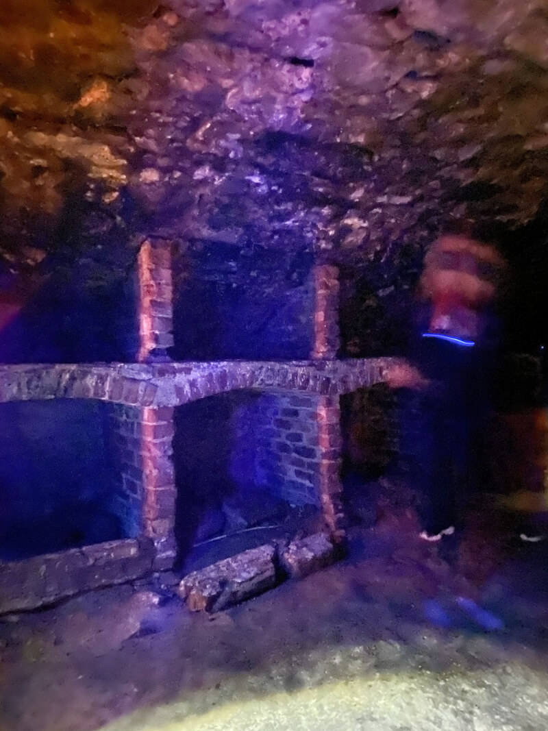 image of the vaults, things to do in Edinburgh