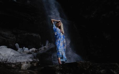 dom waterfall