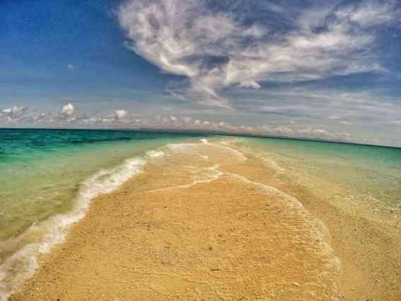 kalanggaman-island-sandbar-philippines-whereintheworldisnina-com-10-min