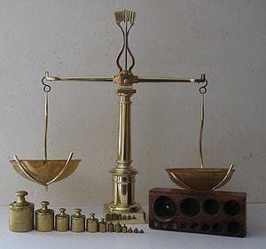 300px-Balance_à_tabac_1850
