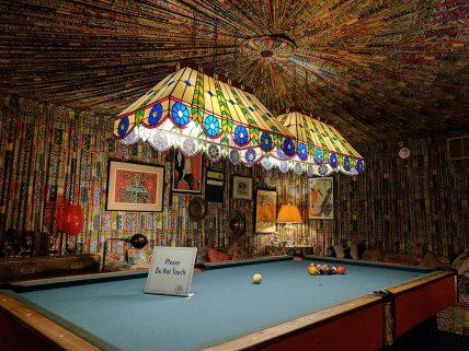 Pool room
