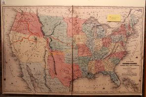 The map of the California, Oregon, Mormon and Santa Fe trails
