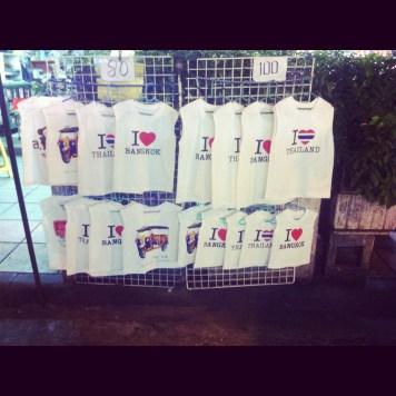 miłość do Bangkoku można kupić na każdym rogu