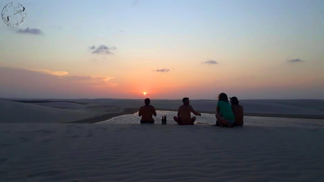 Sunset dunes des Lençois avec la team, kitetrip Brésil
