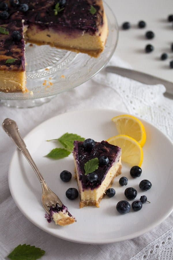 blueberry cheesecake 12 Baked Blueberry Cheesecake with Lemon Curd