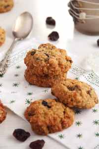 %name muesli cookies raisins
