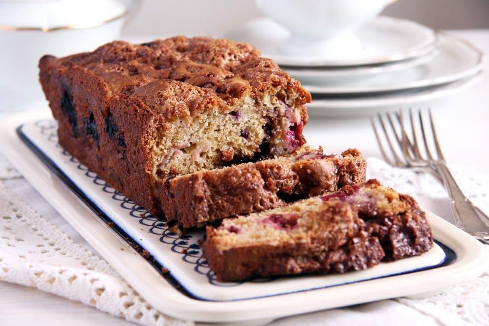 rhubarb bread blackberry Blackberry Rhubarb Cinnamon Bread with Brown Sugar