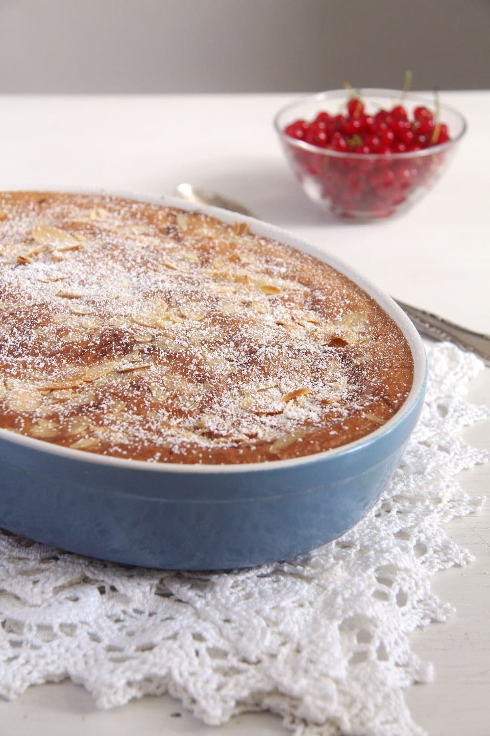 Red Currant Casserole Cake