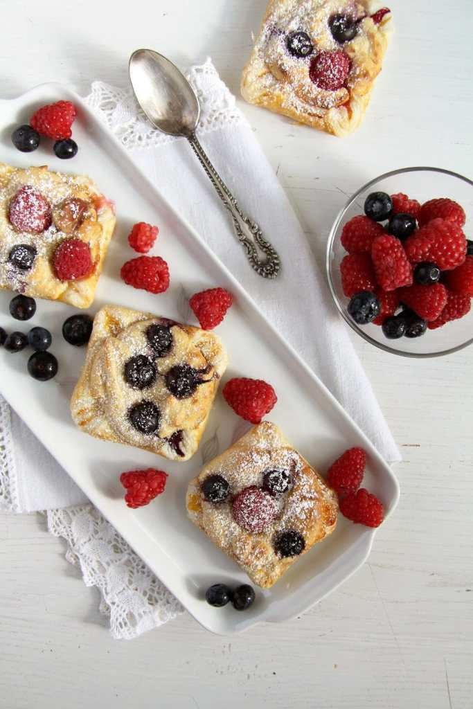 marzipan berry puff pastry 683x1024 Easy Marzipan Berry Parcels with Almonds