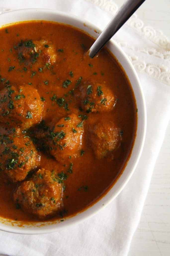 meatballs turkey sauce 683x1024 Turkey Meatballs in a Spicy Turmeric Garlic Sauce