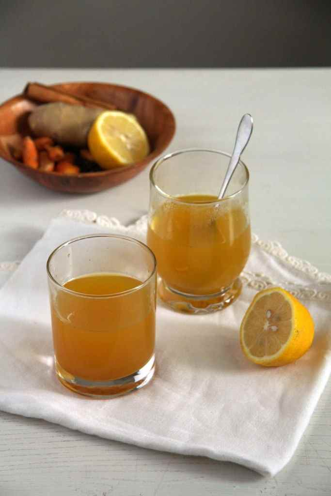 turmeric tea ginger 683x1024 Golden Turmeric Ginger Pepper Tea for Sore Throat