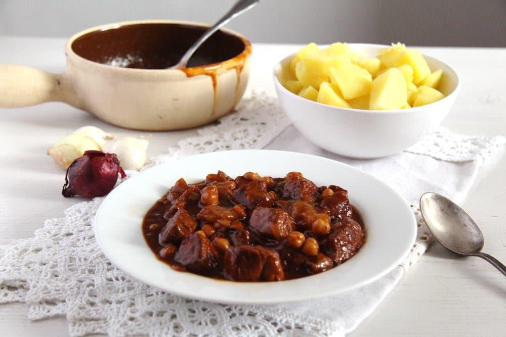 onion pork stew Onion Pork Stew with Chickpeas and Beef Bone Broth