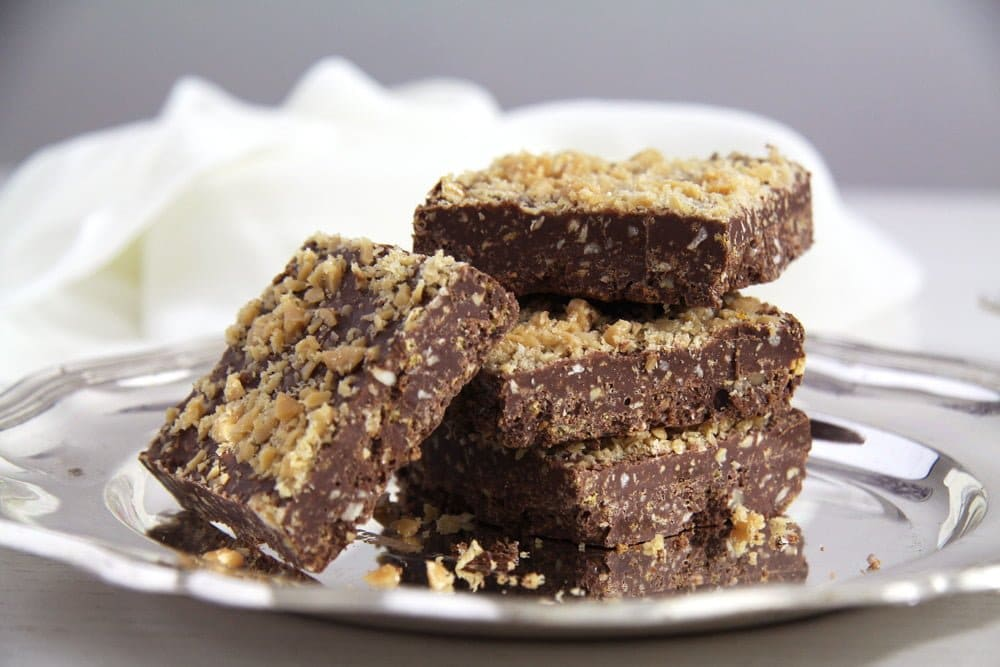 crispy chocolate Crispy Chocolate Squares with Caramel and Hazelnuts