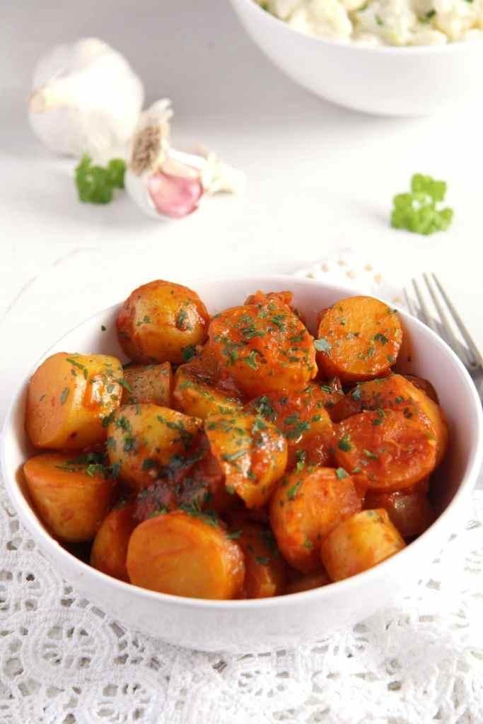 new potatoes tomatoes 683x1024 Simple New Potatoes in Tomato Sauce   Vegan Recipe