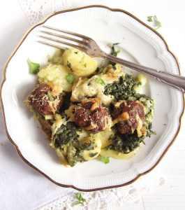 spinach casserolle beef 265x300 Turkey Meatballs Cauliflower Casserole with White Sauce