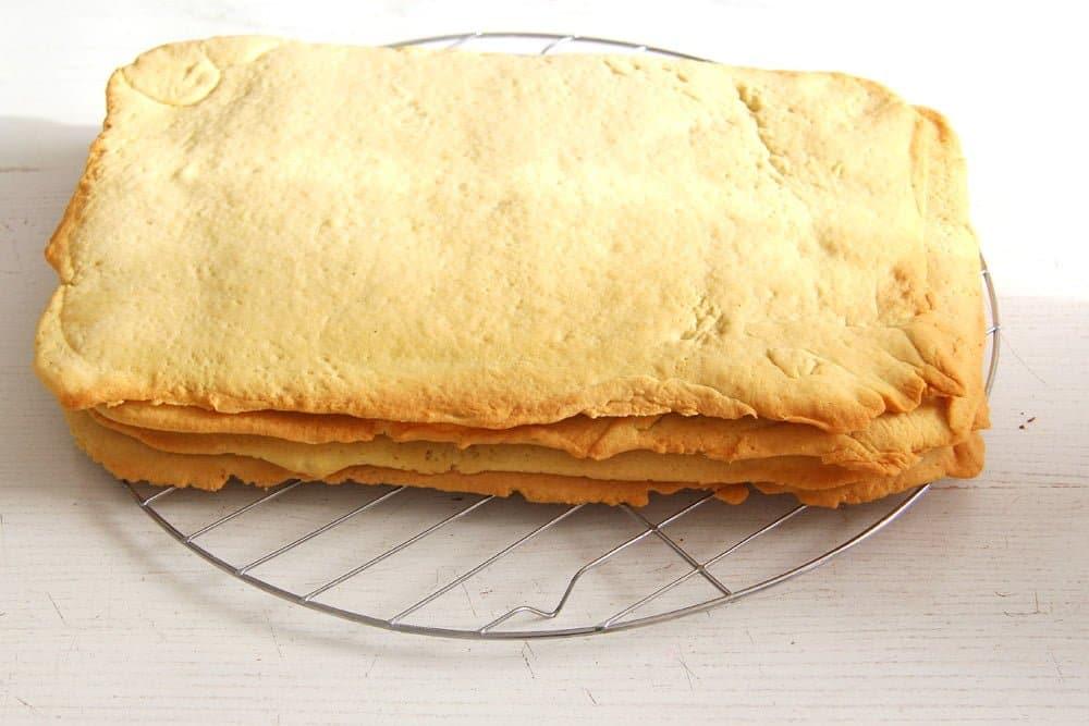 romanian lemon cake crust Layered Lemon Cake Recipe with Lemon Buttercream