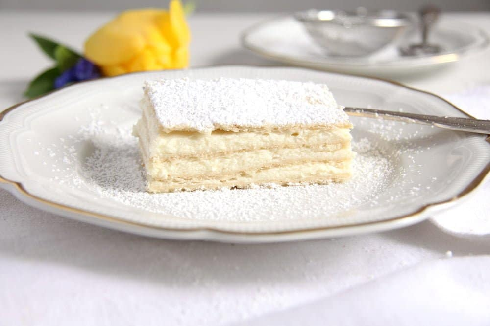romanian lemon Romanian Lemon Cake – Lamaita