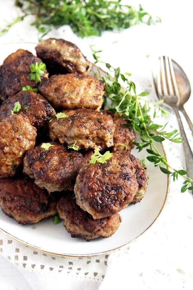 moldavian meatballs parsley Moldavian Pork and Beef Meatballs with Herbs – Parjoale