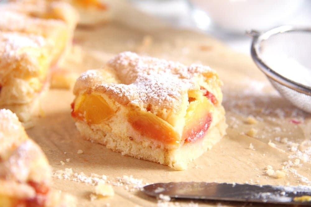 fresh peach cake slices