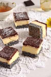 %name Vanilla Poppy Seed Cake with Chocolate Glaze – Romanian Tosca Cake