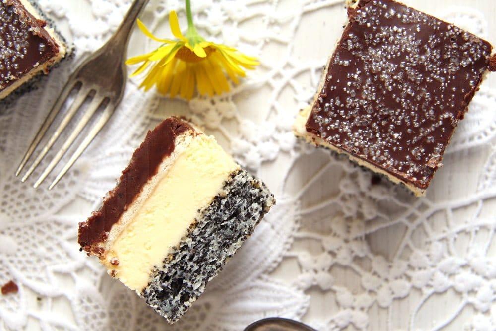 poppy vanilla tosca Vanilla Poppy Seed Cake with Chocolate Glaze – Romanian Tosca Cake