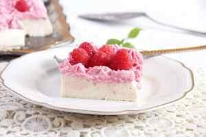 %name No Bake Ricotta Sour Cream Cheesecake with Raspberries