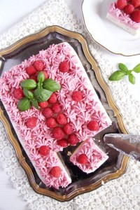 %name No Bake Ricotta Sour Cream Cheesecake with Raspberries