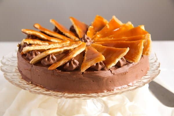 Dobos Torte – Hungarian Cake with Chocolate Buttercream and Caramel
