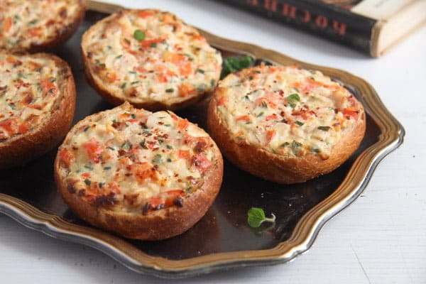 Baked Bread Rolls Topped with Ham and Cheese