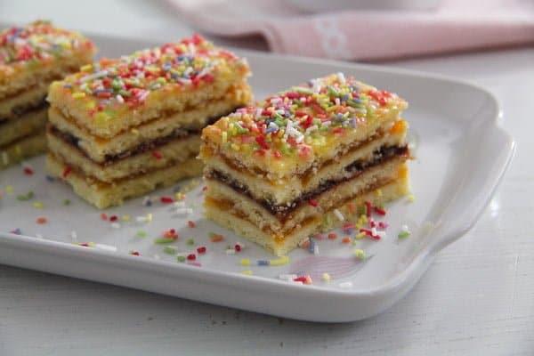 jam cake arlechin ed 1 Layered Cake with Jam Filling – Romanian Cake Harlequin