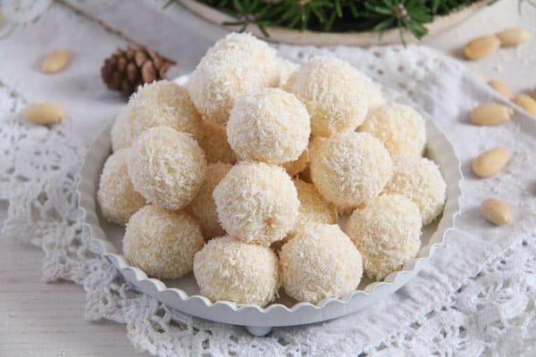 Three Ingredient Homemade Raffaello Coconut Almond Balls