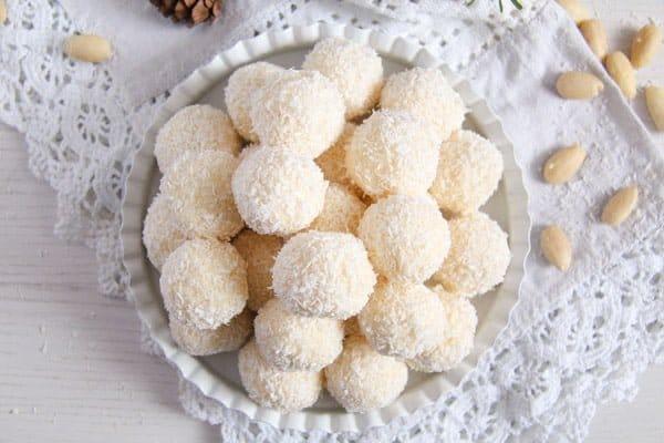 raffaello ed 5 Three Ingredient Homemade Raffaello Coconut Almond Balls
