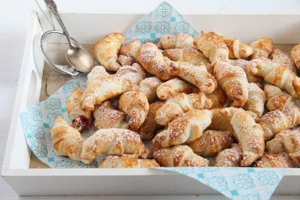 mini croissants 7 Easy Rose Jam Filled Puff Pastry Croissants